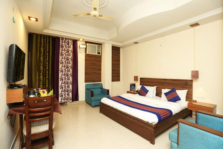OYO 8876 Hotel Sarthi, Gautam Buddha Nagar