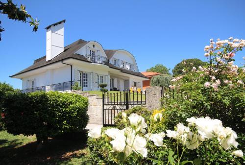 Villa Branca Barreiros, Amares