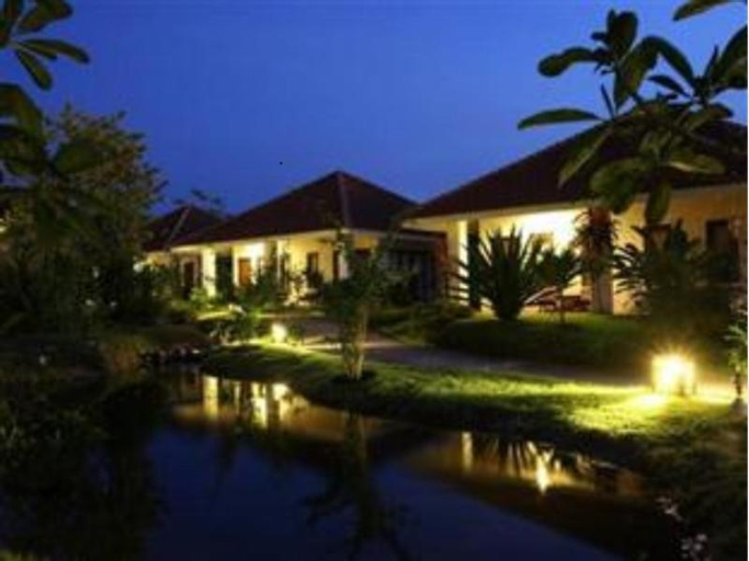 Baan Chuengkao Resort, Muang Ranong