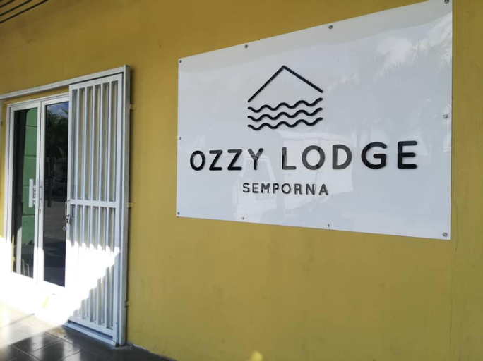 OZZY LODGE, Semporna