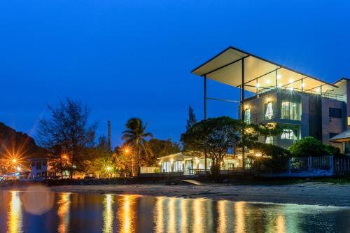 Aownoi Bay Resort&Spa, Muang Prachuap Khiri Khan