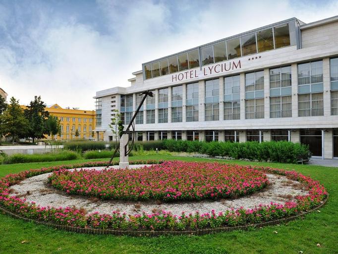 Hotel Lycium Debrecen, Debrecen