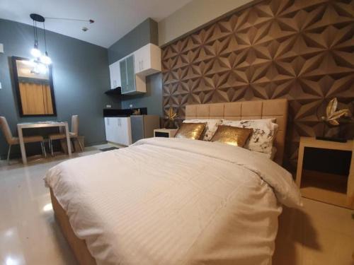 !!!PROMO RATE!!! Royal Suite + FREE WiFi & Netflix, Makati City