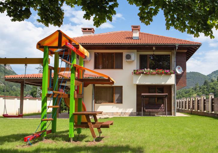 Vitora Guest House, Teteven