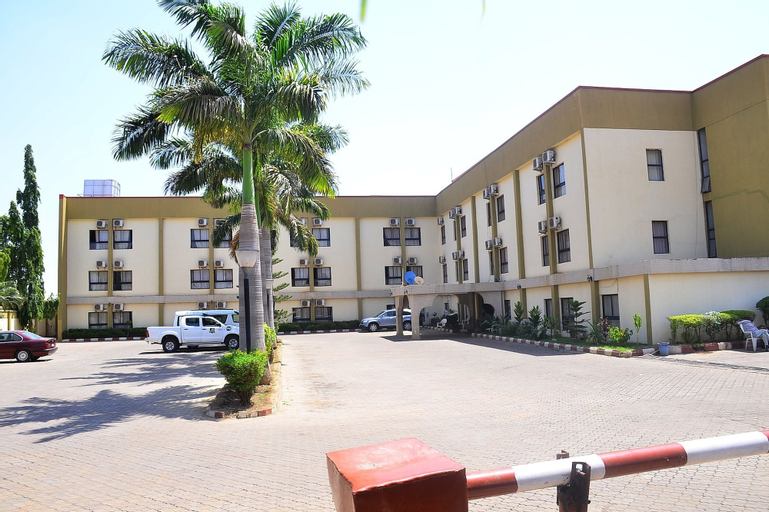 De' Nevilla Hotel, Kaduna South