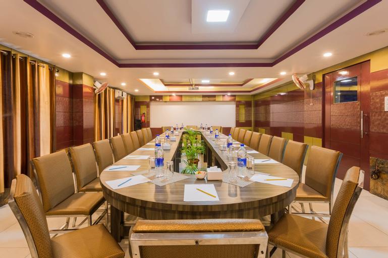 Siddhartha Hotel New Anand, Mahakali