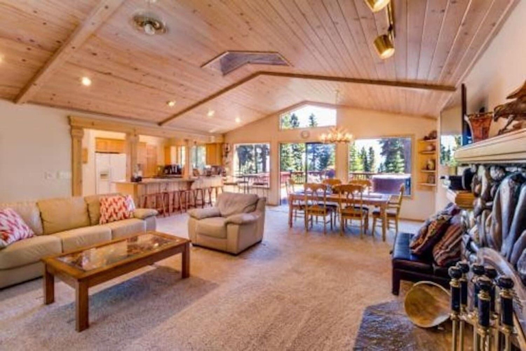 Tahoe Lakeview Lodge, Placer