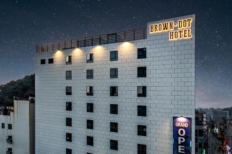 Brown Dot Hotel Hadan, Sasang