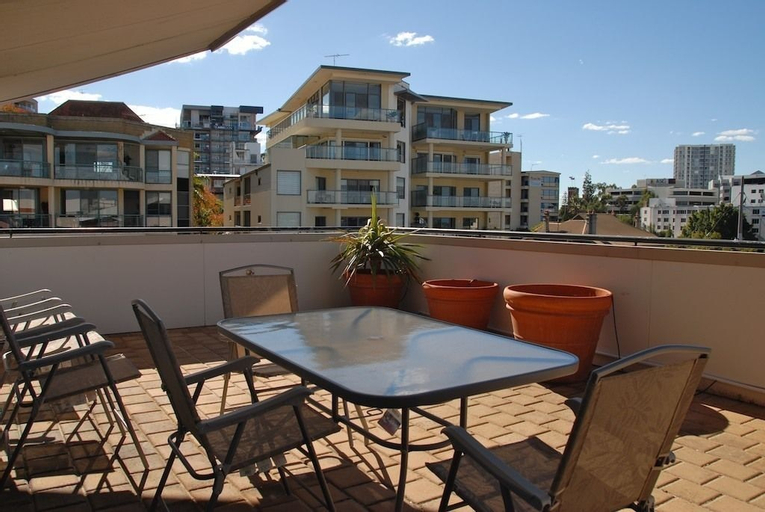 City West Accommodation, Perth