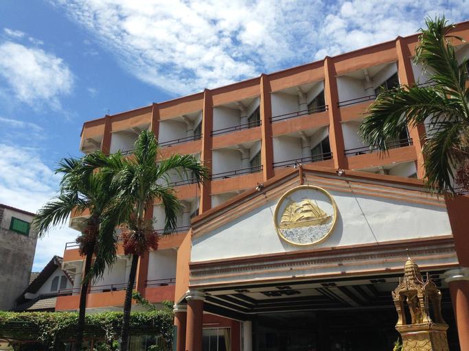 Skaw Beach Hotel, Pattaya