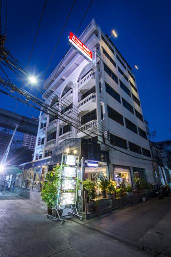 The Best Bangkok House, Ratchathewi