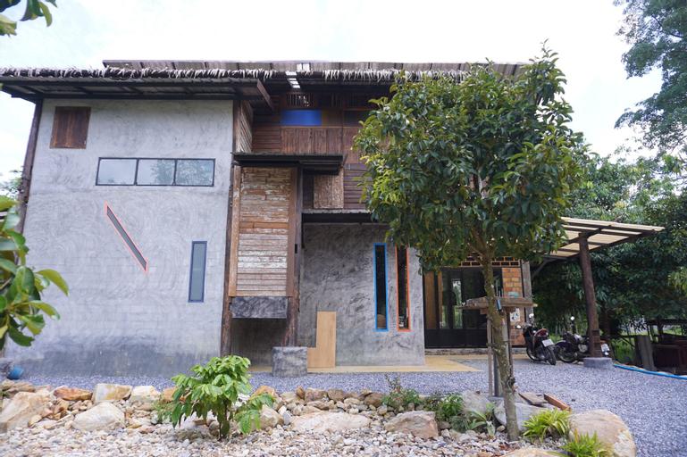 See-Din Studio & FarmStay, Phrommakhiri