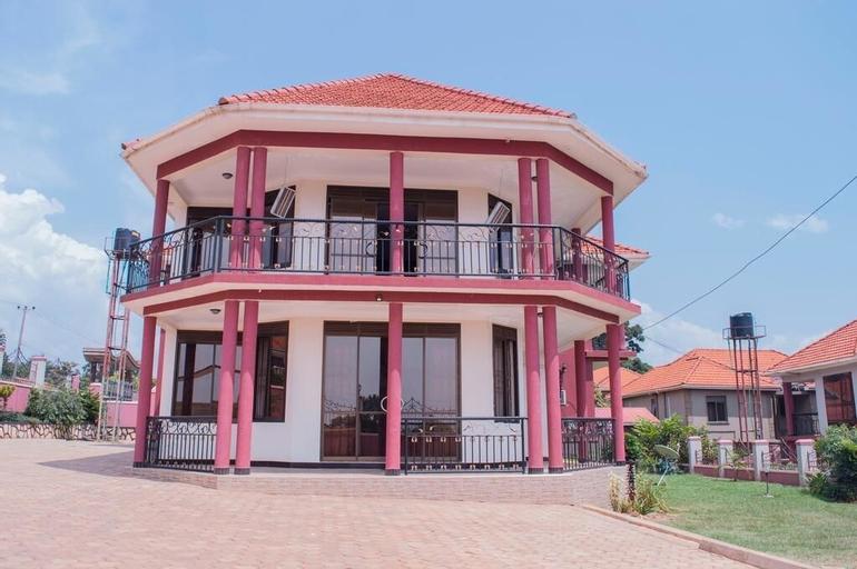 Marina Lake View Apartments, Jinja