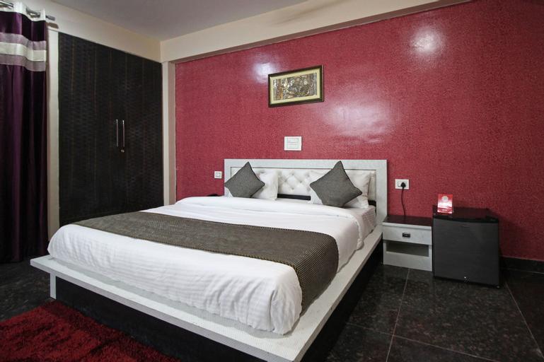 OYO 7536 Aashiyana Paradise, Gurgaon