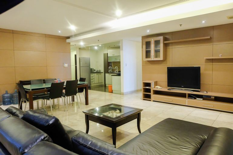 2 Bedroom Park Royale By Travelio, Central Jakarta