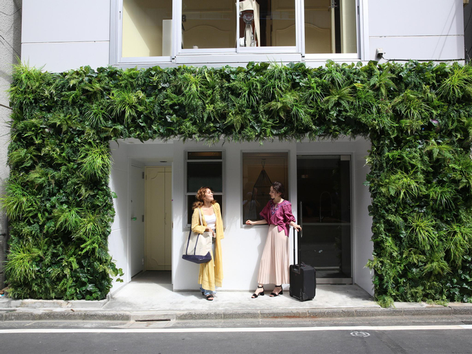The Wardrobe Hostel Roppongi, Minato
