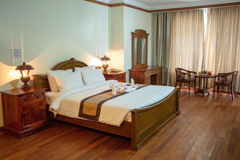 Pursat Riverside Hotel and Spa, Sampov Meas