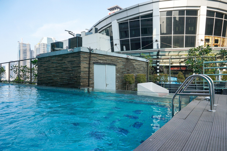 Luxurious 3BR Apartment at FX Residence Sudirman By Travelio, Central Jakarta