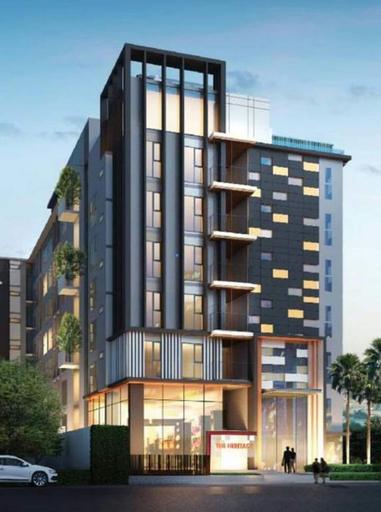 Apartment at Punnawithi BTS, Prakanong