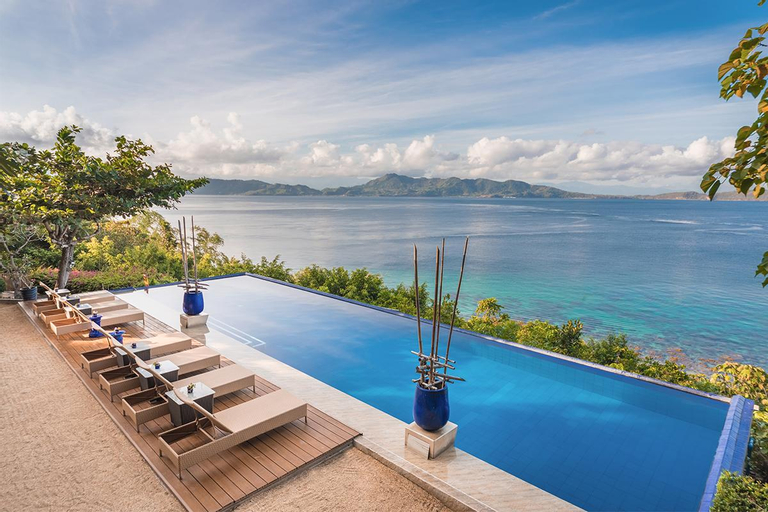 Vivere Azure Resort, Mabini
