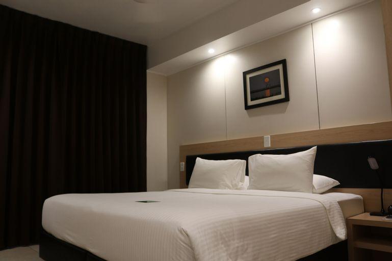 Cassowary Hotel, North Fly
