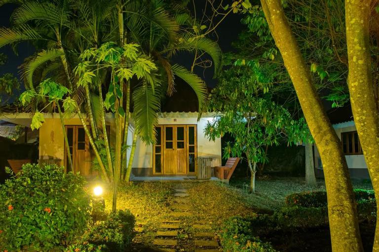 Monkey House 2, Pai