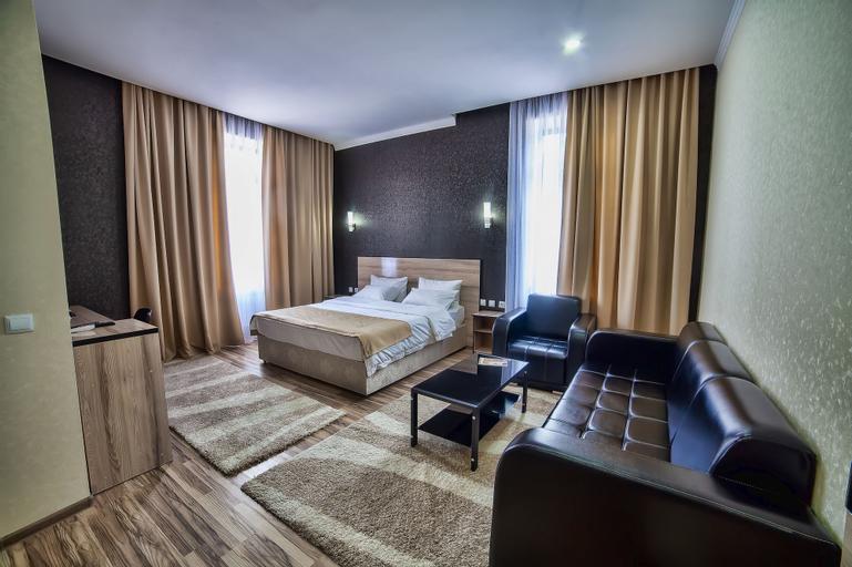 Level Hotel, Osh