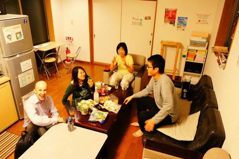 Osaka Tomato Hostel, Osaka