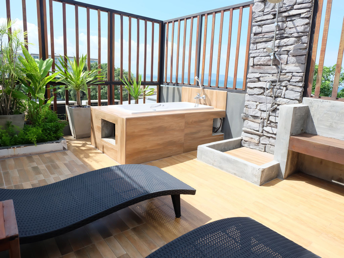 5ive Beach House Hotel, Pattaya