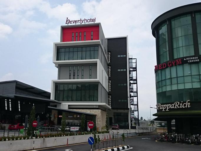 Beverly Hotel, Larut and Matang