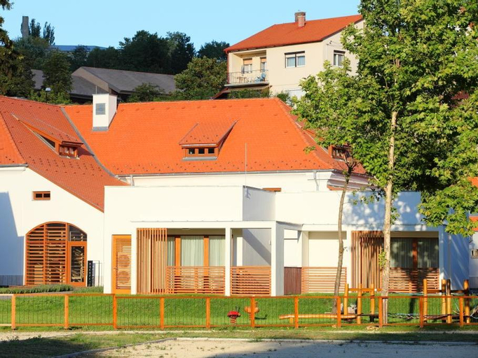 Hotel Historia Malomkert (Pet-friendly), Veszprém