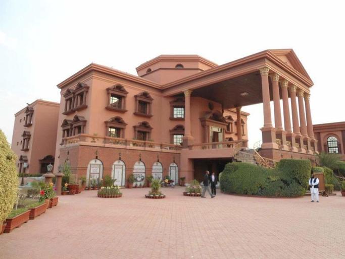 Garvaish Luxury Hotel, Faisalabad