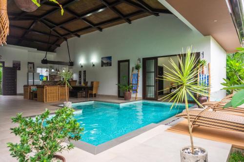 3BR 225m2 ELENA VILLAS with Private Pools in El Nido, El Nido