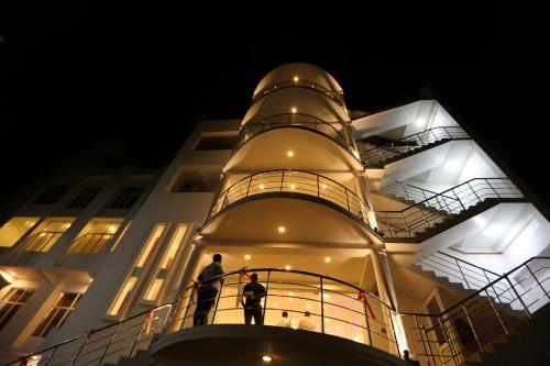 Hotel Oviya, Vavuniya