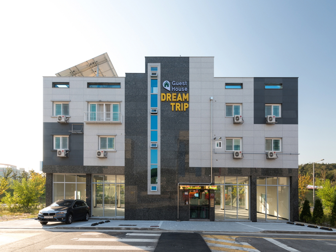 Incheon Airport DreamTrip Guesthouse, Jung