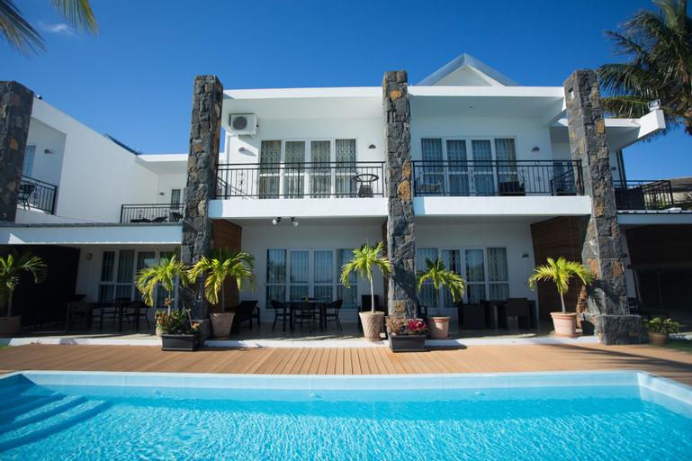 Garden villas,
