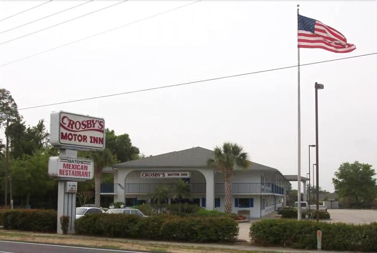 Crosby's Motor Inn, Orange