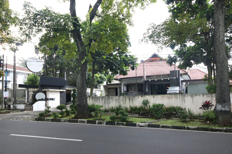 Nyland Hotel Cipaganti, Bandung