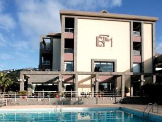 Escola, Funchal