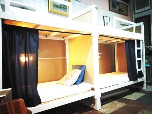 2Sister Hostel46, Bang Plad