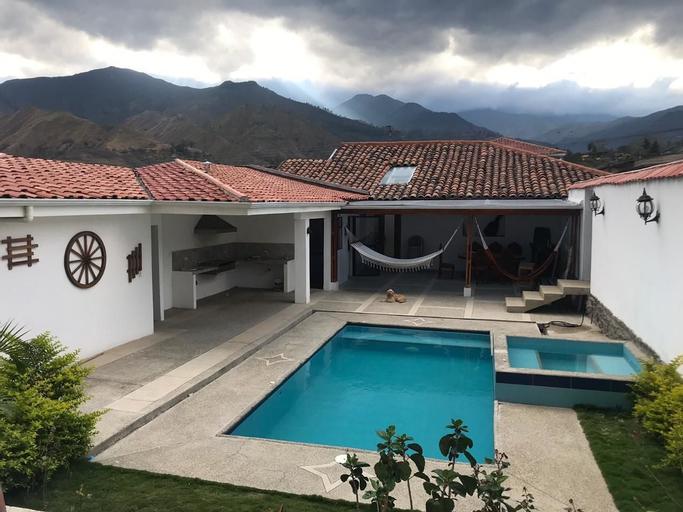 Hostel las Palmas, Loja