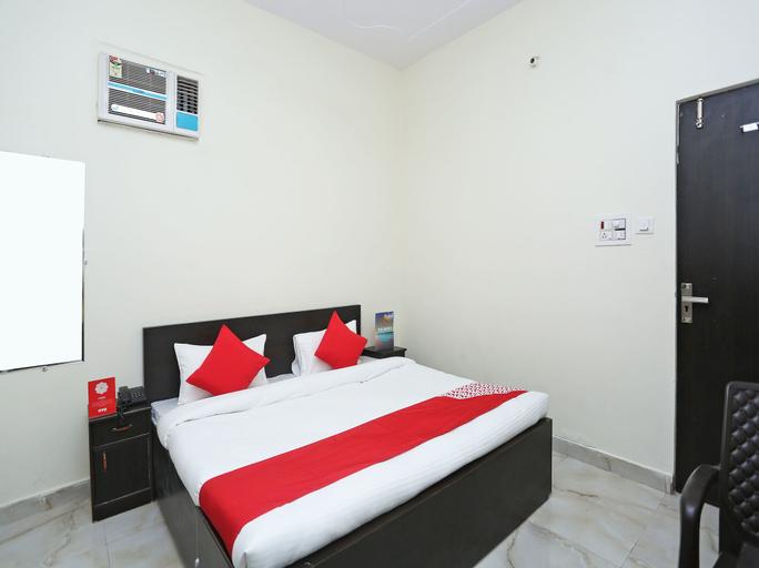 OYO 16904 Hotel Maharaja Palace, Aligarh