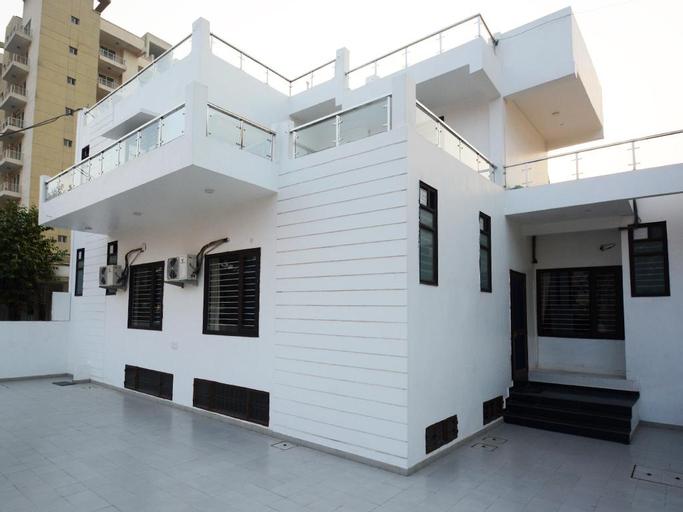 Comfort Stay Hotel, Faridabad
