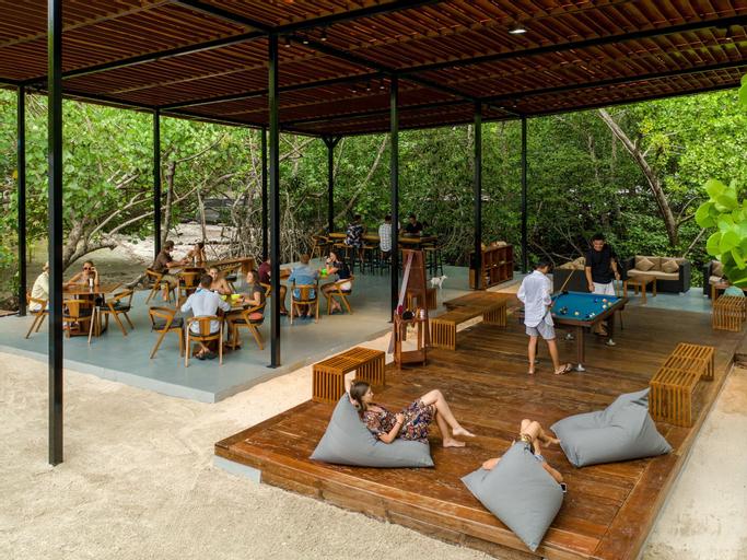 Meridian Adventure Marina Club & Resort, Raja Ampat