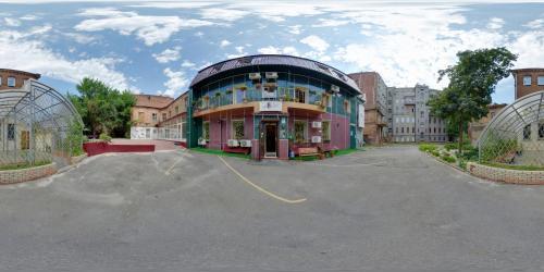 YELLOW UNLIMITED HOTEL 4, Kharkivs'ka