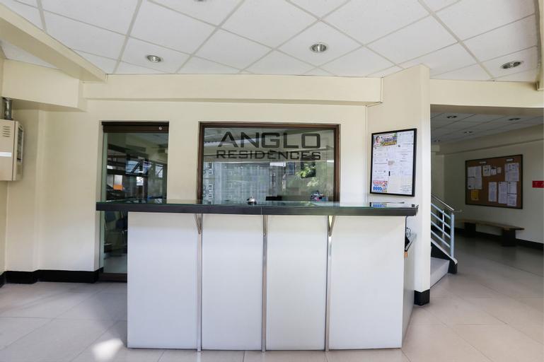 OYO 190 Anglo Residences, San Juan