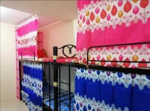 Shingel's Ladies Transient Bed Spacer, Manila