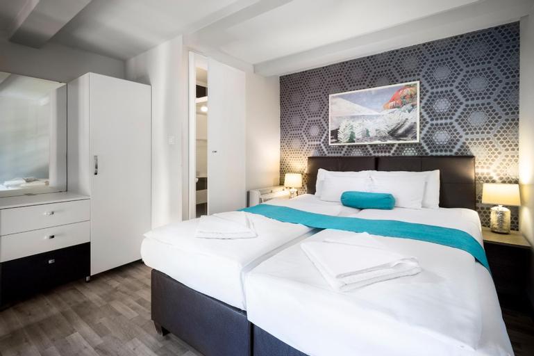 Hotel Mika Superior, Budapesti