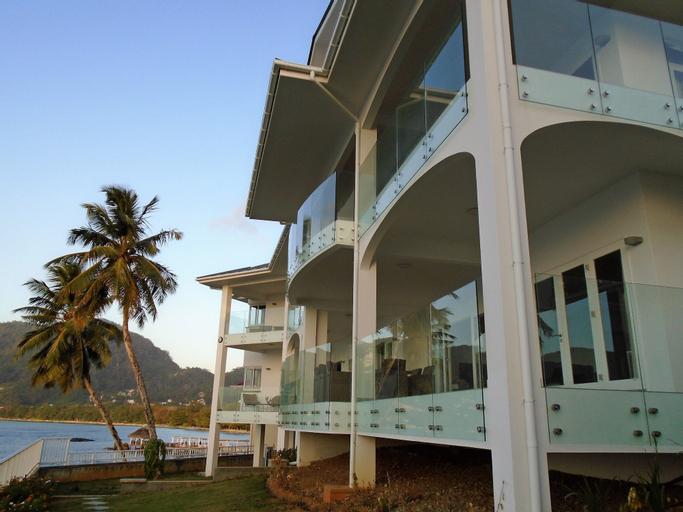 VallonEnd Beach Front Villa,