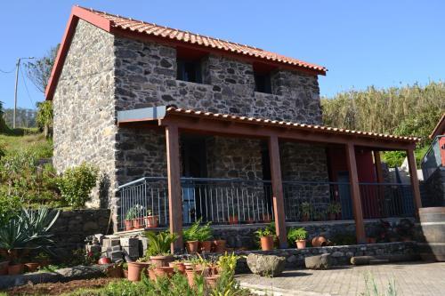 Recantos do Castanheiro- Palheiro, Porto Moniz